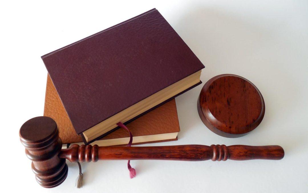 Sodišče EU: Upravljavec spletne strani z vgrajenim Facebookovim gumbom »Všeč mi je« je upravljavec osebnih podatkov